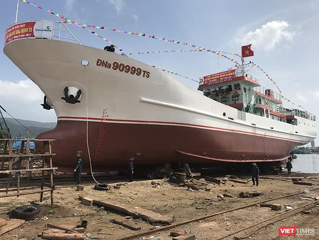 Đà Nẵng: Hạ thủy tàu dịch vụ hậu cần nghề cá vỏ thép lớn nhất miền Trung ảnh 1