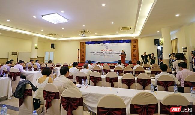 Sáng 26/10, tại Đà Nẵng, Cục Phát thanh, truyền hình-Thông tin điện tử đã tổ chức Hội thảo Phổ biến văn bản pháp luật trong lĩnh vực phát thanh, truyền hình và thông tin điện tử.
