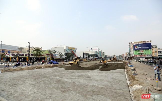 Mặt đường tuyến Nguyễn Tri Phương-Lê Độ đang được khẩn trương thi công