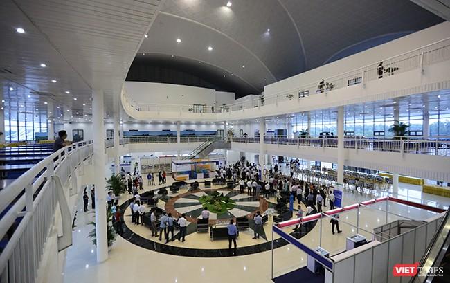 Phó Thủ tướng Phạm Bình Minh khai trương Trung tâm Báo chí Quốc tế phục vụ APEC ảnh 10