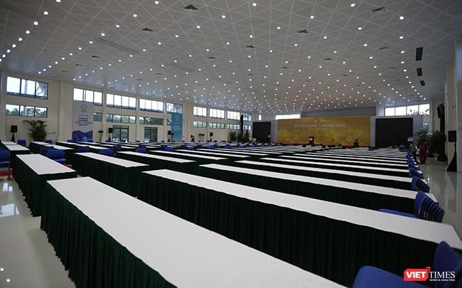 Phó Thủ tướng Phạm Bình Minh khai trương Trung tâm Báo chí Quốc tế phục vụ APEC ảnh 14
