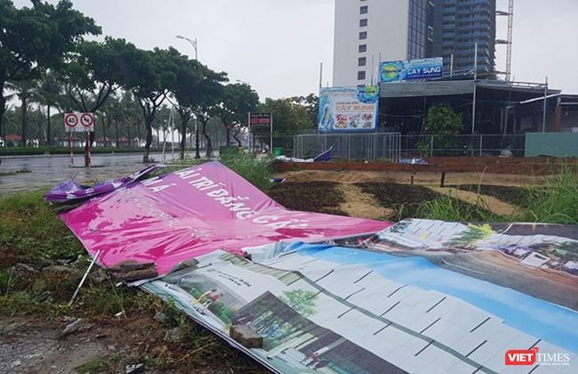 Mưa lớn kèm gió to đã quật ngã nhiều hạng mục phục vụ sự kiện Tuần lễ cấp cao APEC diễn ra tại Đà Nẵng vào đầu tháng 11 tới