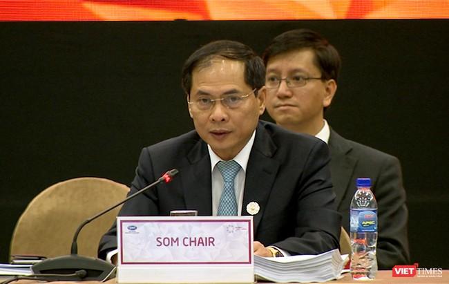 Thứ trưởng thường trực Bộ Ngoại giao Bùi Thanh Sơn, Chủ tịch SOM APEC Việt Nam chủ trì Hội nghị