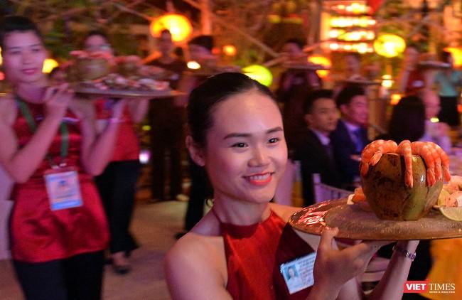 Bữa tối độc đáo thết đãi đại biểu APEC được chuẩn bị trong 3 năm ảnh 7