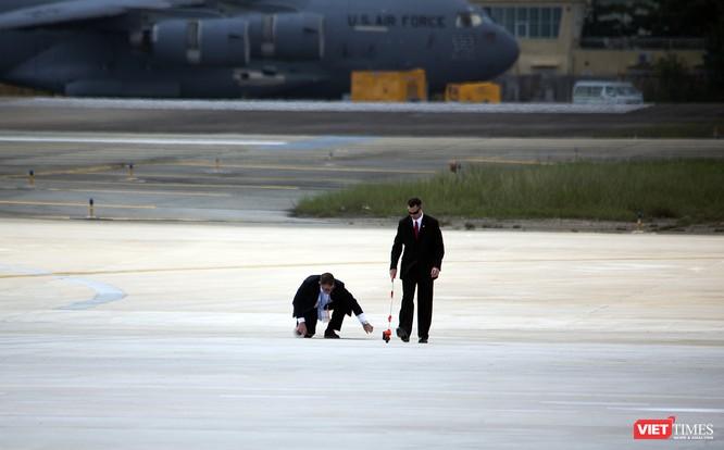 Chuyên cơ Tổng thống Mỹ hạ cánh xuống Đà Nẵng có gì khác biệt? ảnh 3