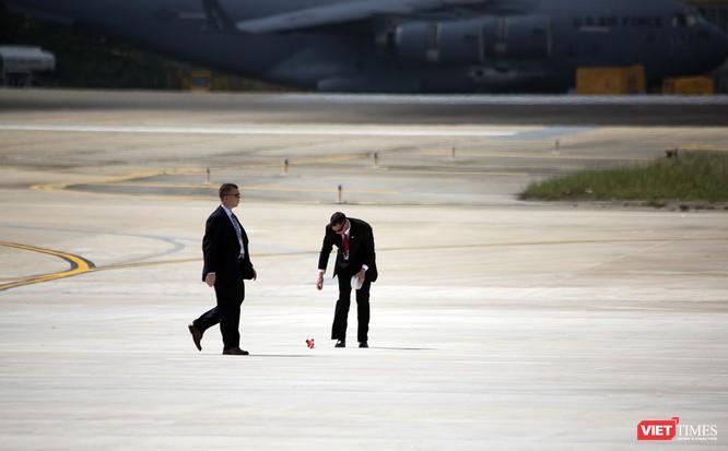Chuyên cơ Tổng thống Mỹ hạ cánh xuống Đà Nẵng có gì khác biệt? ảnh 6