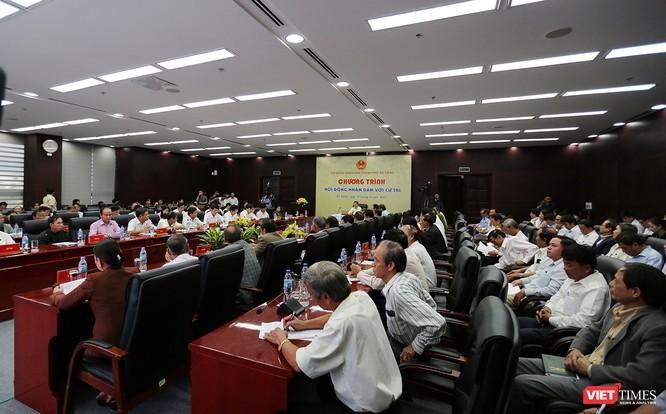 Sáng 14/11, HĐND TP Đà Nẵng tổ chức Chương trình HĐND với cử tri nhằm ghi nhận, tiếp thu ý kiến và trả lời ý kiến cử tri để chuẩn bị cho Kỳ họp HĐND cuối năm 2017.