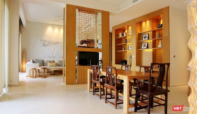 Phòng ăn President Suite