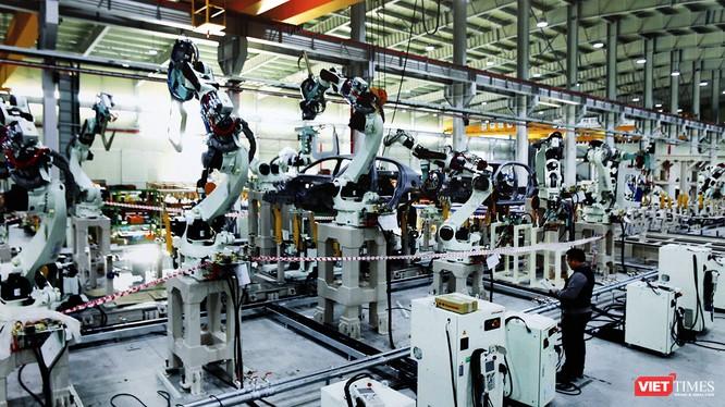 Cận cảnh thi công nhà máy sản xuất ô tô Mazda 12.000 tỷ của Thaco ảnh 9