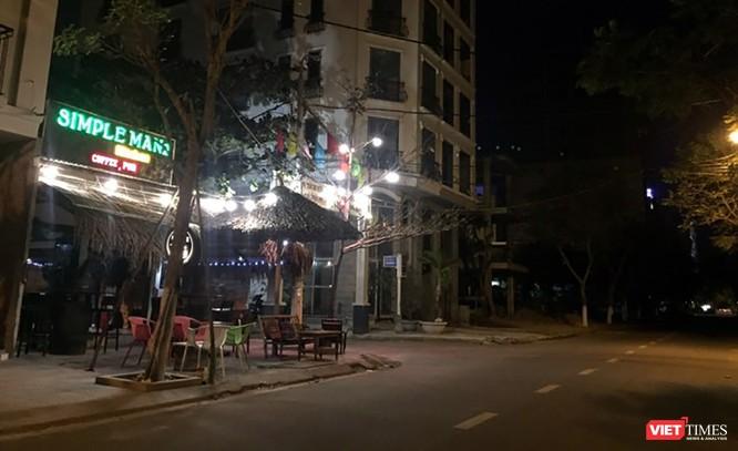 Tuyến đường Ngô Thì Sĩ, nơi tập trung nhiều dịch vụ du lịch giải trí đêm phục vụ du khách