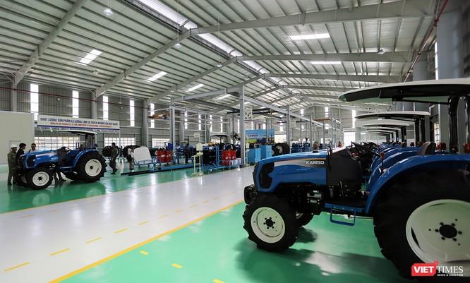 Sản phẩm máy kéo được đưa ra thị trường trong nước với mục tiêu đạt 7% thị phần vào năm 2018 với 500 máy kéo và 38% thị phần với 2.100 máy kéo vào năm 2026.