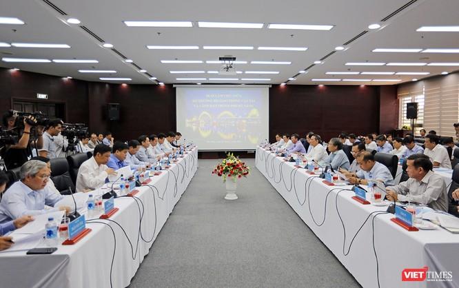 Chiều ngày 2/3, lãnh đạo TP Đà Nẵng đã có buổi làm việc với đoàn công tác của Bộ GTVT về các vấn đề liên quan đến các dự án của ngành GTVT trên địa bàn TP