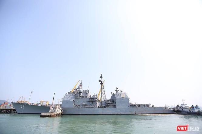 Sức mạnh của tuần dương hạm hộ tống siêu hàng không mẫu hạm đến Đà Nẵng ảnh 2