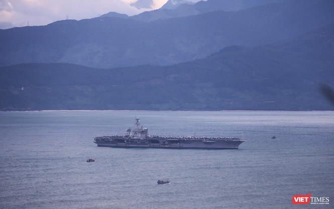 chiều ngày 9/3, đội tàu sân bay Hải quân Mỹ-USS Carl Vinson (CVN-70) đã rời Đà Nẵng