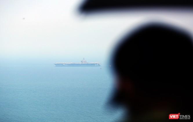 Toàn cảnh chuyến thăm lịch sử của đội tàu sân bay USS Carl Vinson ở Đà Nẵng ảnh 2