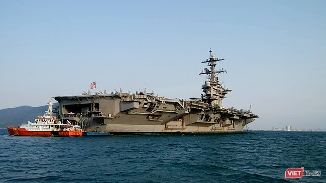 Toàn cảnh chuyến thăm lịch sử của đội tàu sân bay USS Carl Vinson ở Đà Nẵng ảnh 24