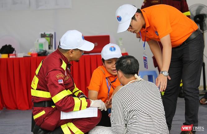 Các nước ASEAN diễn tập quốc tế ứng phó về y tế trong thảm họa ảnh 7