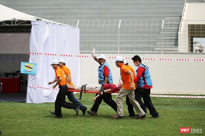 Các nước ASEAN diễn tập quốc tế ứng phó về y tế trong thảm họa ảnh 9