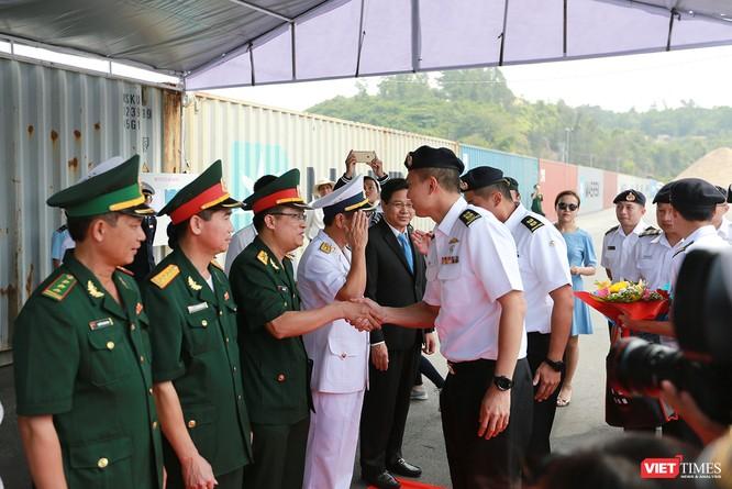 Tàu khu trục RSS INTREPID-Hải quân Singapore đã đến Đà Nẵng ảnh 4