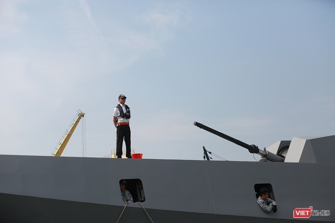 Tàu khu trục RSS INTREPID-Hải quân Singapore đã đến Đà Nẵng ảnh 11