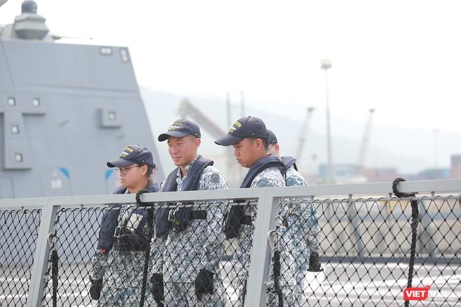 Tàu khu trục RSS INTREPID-Hải quân Singapore đã đến Đà Nẵng ảnh 15