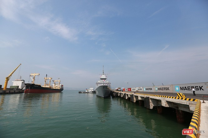 Tàu khu trục RSS INTREPID-Hải quân Singapore đã đến Đà Nẵng ảnh 1
