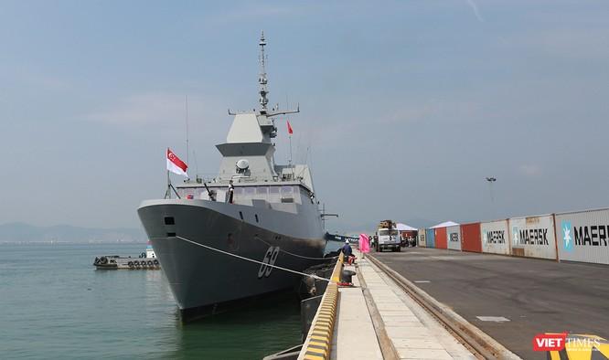 Tàu khu trục RSS INTREPID-Hải quân Singapore đã đến Đà Nẵng ảnh 7