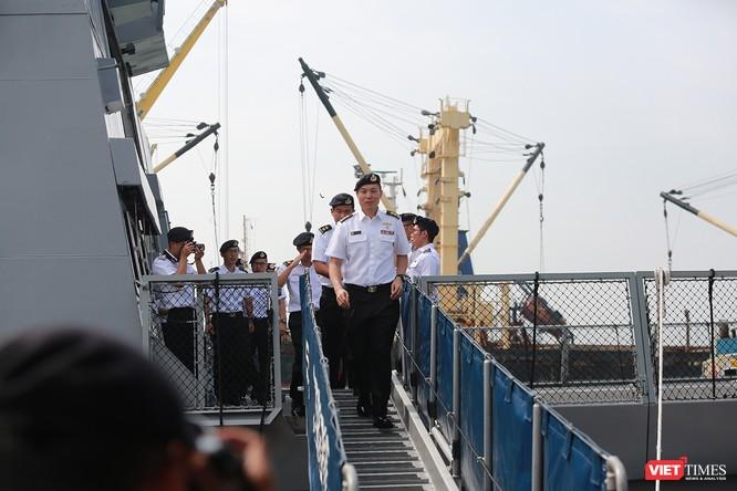 Tàu khu trục RSS INTREPID-Hải quân Singapore đã đến Đà Nẵng ảnh 3