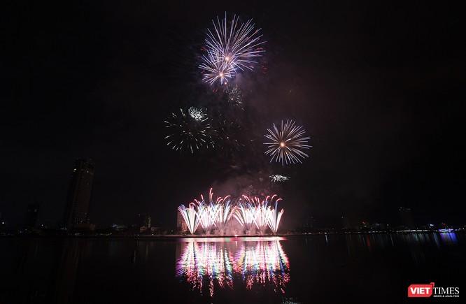 Khai hội pháo hoa Đà Nẵng: Mở lòng hòa cùng niềm vui chung cả nước ảnh 12