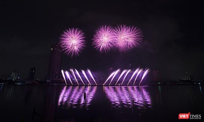 Khai hội pháo hoa Đà Nẵng: Mở lòng hòa cùng niềm vui chung cả nước ảnh 22