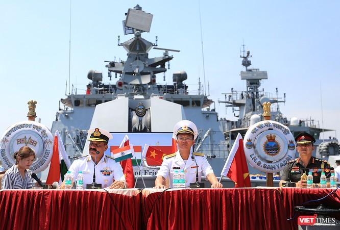 Đội tàu Hải quân Ấn Độ và gần 1.000 binh sĩ cập cảng Đà Nẵng ảnh 8