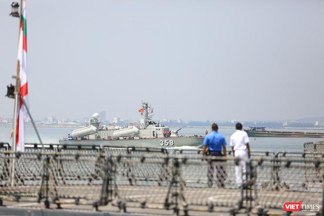 """Sức mạnh của tàu hộ vệ tên lửa INS Kamorta và """"siêu hậu cần"""" INS Shakti-Hải quân Ấn Độ ở Đà Nẵng ảnh 16"""