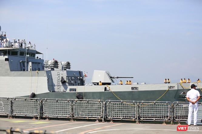 """Sức mạnh của tàu hộ vệ tên lửa INS Kamorta và """"siêu hậu cần"""" INS Shakti-Hải quân Ấn Độ ở Đà Nẵng ảnh 8"""