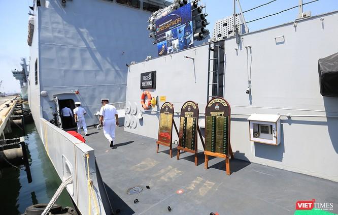 Cận cảnh chiến hạm INS Sahyadri (F-49) của Hải quân Ấn Độ tại Đà Nẵng ảnh 11