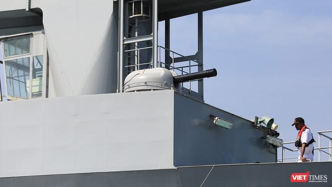 """Sức mạnh của tàu hộ vệ tên lửa INS Kamorta và """"siêu hậu cần"""" INS Shakti-Hải quân Ấn Độ ở Đà Nẵng ảnh 25"""