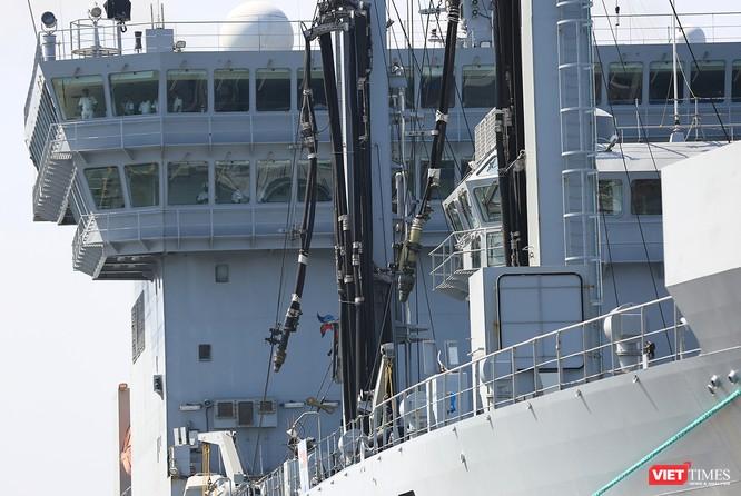 """Sức mạnh của tàu hộ vệ tên lửa INS Kamorta và """"siêu hậu cần"""" INS Shakti-Hải quân Ấn Độ ở Đà Nẵng ảnh 26"""