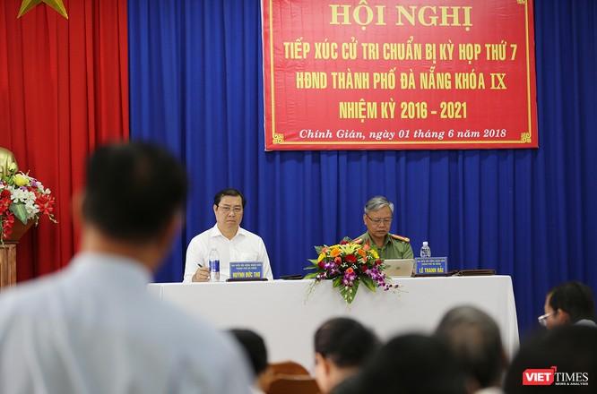 """Chủ tịch Đà Nẵng nói """"cũng bị đe dọa"""" khi đấu tranh ảnh 1"""