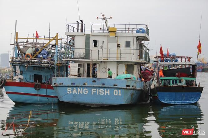"""Bài 1: Ngư dân """"thủng túi"""" vì thủ tục, chi phí cho tàu cá vỏ thép ảnh 2"""