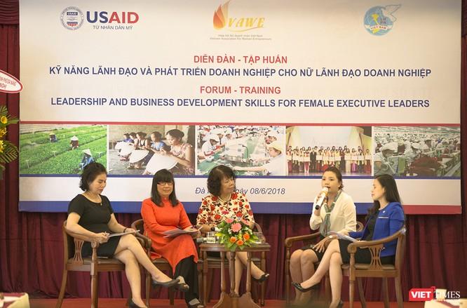 Hơn 100 nữ lãnh đạo doanh nghiệp miền Trung dự diễn đàn phát triển kỹ năng quản trị ảnh 1