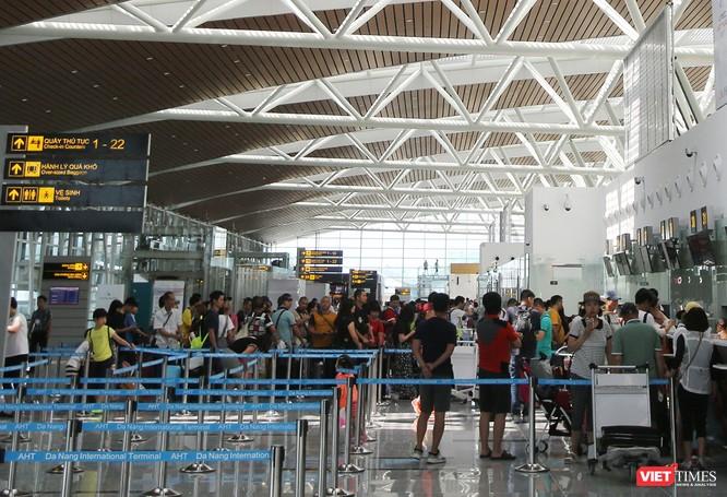 Lượng khách tăng nhanh, Đà Nẵng muốn sớm nghiên cứu mở rộng sân bay ảnh 1