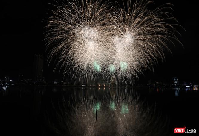 Đội Ý vô địch Lễ hội pháo hoa Đà Nẵng 2018 ảnh 8