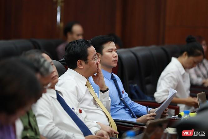 Những khoảnh khắc phiên bầu nhân sự chủ chốt của thành phố Đà Nẵng ảnh 14