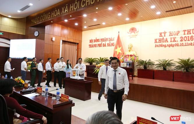 Những khoảnh khắc phiên bầu nhân sự chủ chốt của thành phố Đà Nẵng ảnh 28