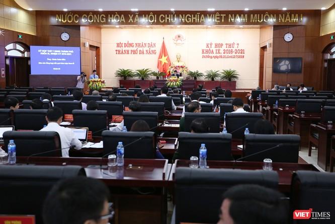 Những khoảnh khắc phiên bầu nhân sự chủ chốt của thành phố Đà Nẵng ảnh 1