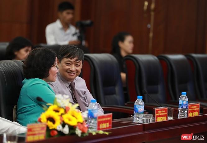 Những khoảnh khắc phiên bầu nhân sự chủ chốt của thành phố Đà Nẵng ảnh 26