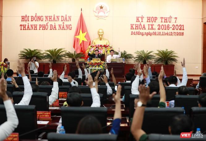 Những khoảnh khắc phiên bầu nhân sự chủ chốt của thành phố Đà Nẵng ảnh 24