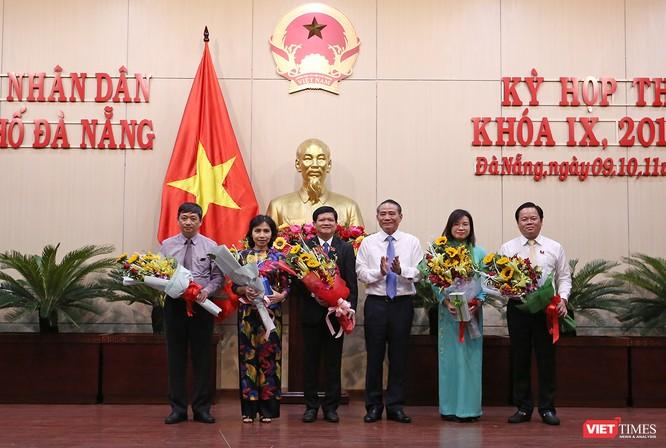 Những khoảnh khắc phiên bầu nhân sự chủ chốt của thành phố Đà Nẵng ảnh 33