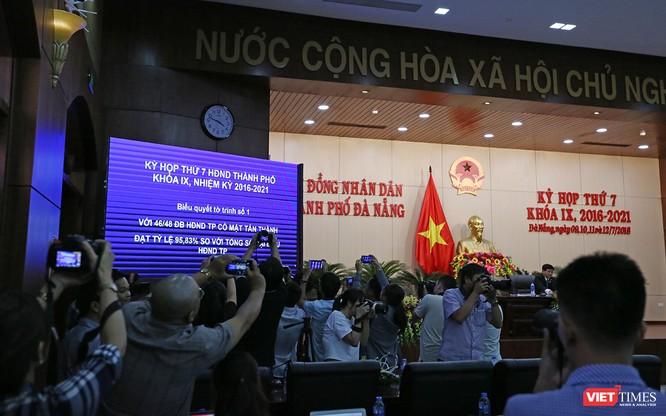 Những khoảnh khắc phiên bầu nhân sự chủ chốt của thành phố Đà Nẵng ảnh 5