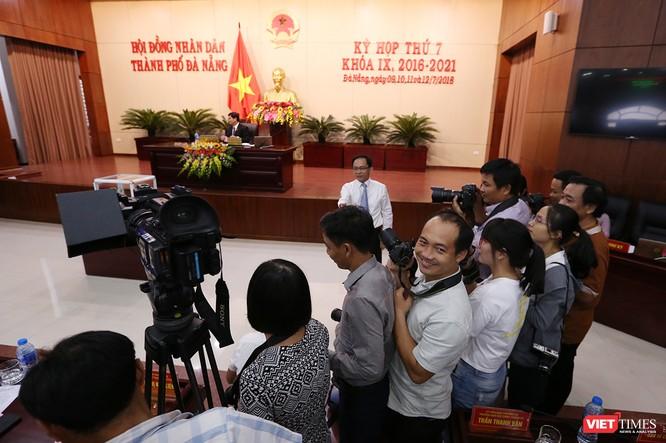 Những khoảnh khắc phiên bầu nhân sự chủ chốt của thành phố Đà Nẵng ảnh 8