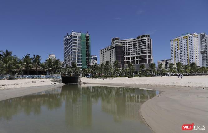 """Bãi biển Đà Nẵng """"ngộ độc"""" nước thải thế nào - Kỳ 1 ảnh 10"""
